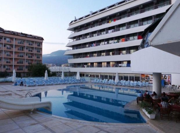 Drita-Resort-and-Spa-Exterior-2